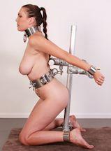 fotos metal bondage